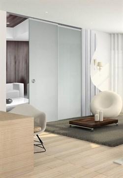 Потолочный дверной пенал Open Space PARALELO Glass Plus Soft (с доводчиком) для телескопических цельностеклянных полотен 2500-2599 мм