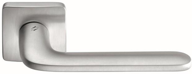 Дверная ручка на квадратном основании COLOMBO Roboquattro S ID51RSB-CM матовый хром - фото 13160