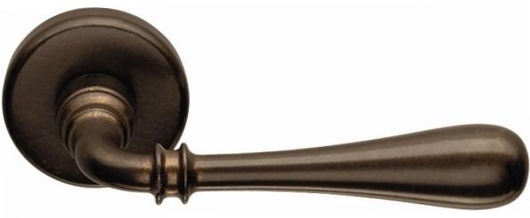 Дверная ручка на круглом основании COLOMBO Ida ID31RSB-BA античная бронза - фото 13166