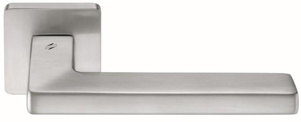 Дверная ручка на квадратном основании COLOMBO Esprit BT11RSB-CM матовый хром - фото 13229
